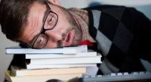 Headbang Razones por las que siempre te sientes cansado