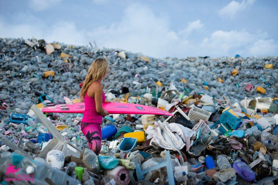 Conoce la triste historia de la isla plástica