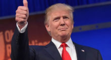 Headbang Donald Trump en éxtasis: decomisan droga con su cara