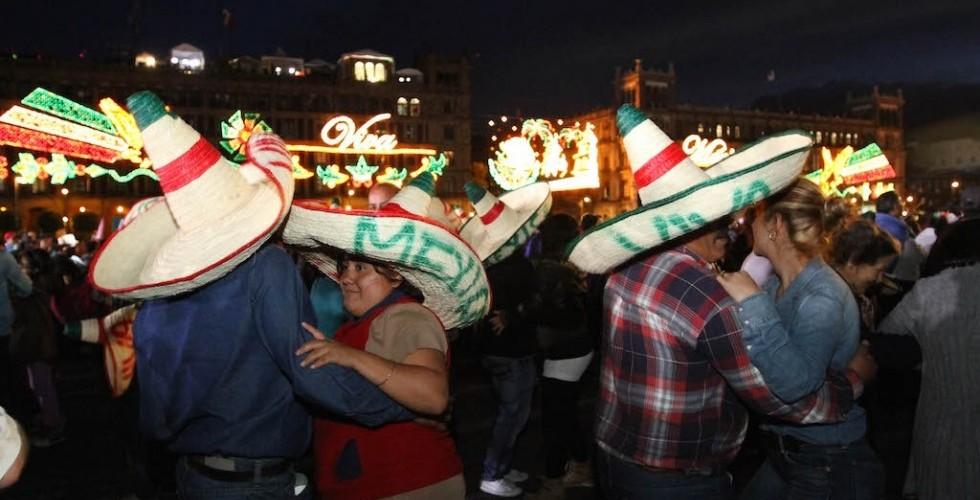 Las 8 canciones que no pueden faltar en las Fiestas Patrias