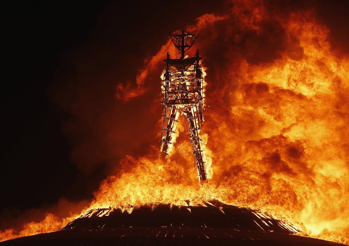 BURNINGMAN, el festival más radical y excéntrico en medio del desierto