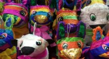 Headbang Se el alma de la fiesta con una piñata led en tu posada