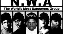 """Headbang Hackean radio policiaca para reproducir """"Fuck tha Police"""" de N.W.A todo el día"""