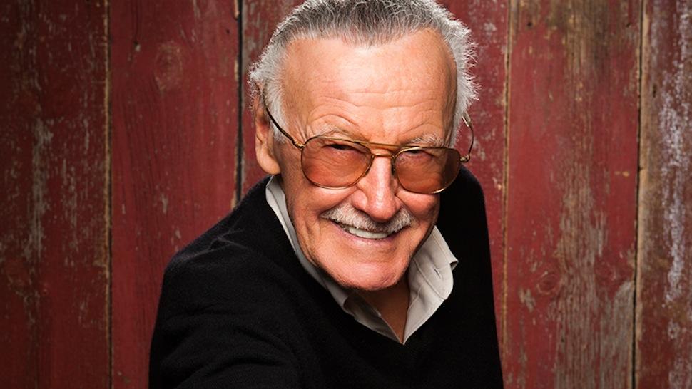 Stan Lee acusado de agresión sexual