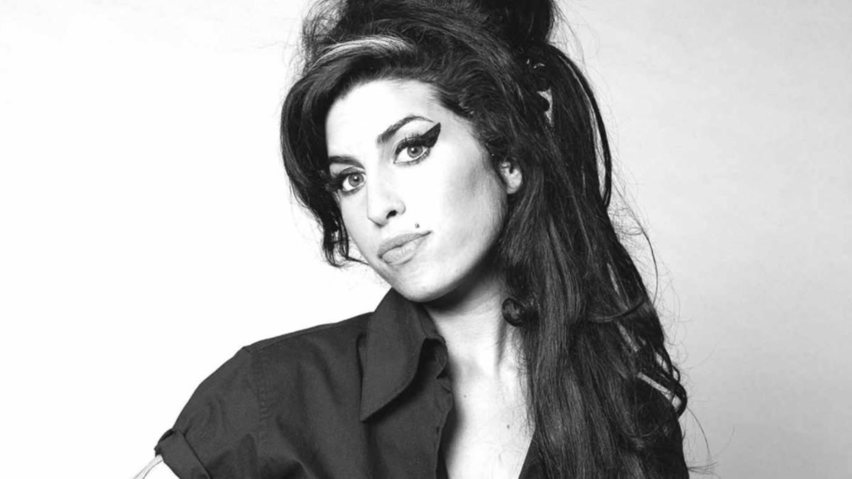 Revelan tema inédito de la fallecida Amy Winehouse