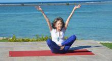 Headbang Tiene 98 años y sigue dando clases de Yoga: Tao Porchon-Lynch
