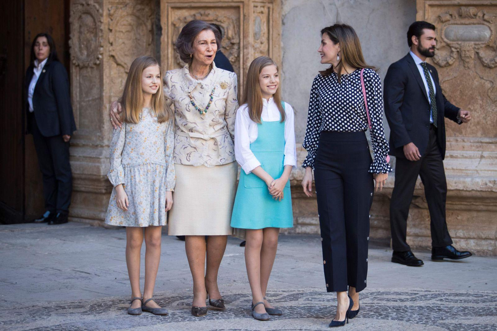 Hasta en las mejores familias, pelea de la familia real española se vuelve viral